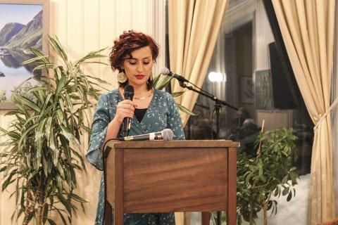 Engasjert: En engasjert Helen Darwich holdt 8. mars appel om kurdiske kvinners kamp for frihet og rettferdighet.