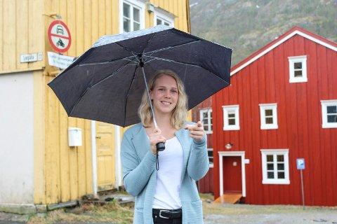 Silje Bergsnev er frivilligansvarlig i Galleria Kunstfestival etter å ha vært frivillig i mange år hos andre festivaler.