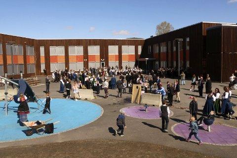 17. mai på Olderskog skole i 2018. I år er arrangementet avlyst.