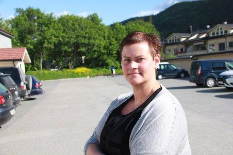 FRUSTRASJON: HTV for sykepleiere i Vefsn kommune, Susanne Krokå, sier at sykepleiere på sykehus gjennom organsisasjonen Spekter har fått innfridd sykepleierløftet. - Når KS ikke når dette nivået så kan det gå ut over rekrutteringen av sykepleiere til kommunen, mener hun