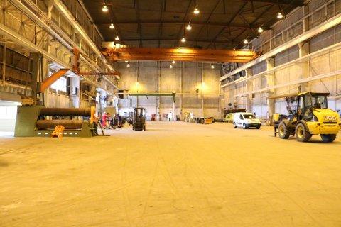 Aker Solutions gir liv til tomme haller. Allerede til høsten fylles de store hallene til randen med strukturer som skal ferdigstilles til Ærfugl og Johan Castberg.