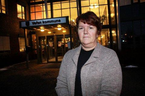 MØTE: Rigmor Jenssen Leknes i Vefsn kommune er ansvarlig for ordningen med kontroll av skjenkebevillinger.