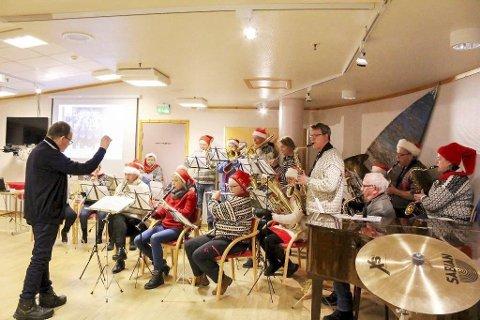 Hornmusikken fram: Sammen med Mosjøen orkesterforening er Hornmusikken FRAM vertskap for nyttårsballet lørdag. foto: Lise Jeanette nilsen