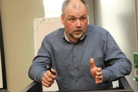 Ordfører Johnny Hanssen i Brønnøy har stor tro på at de 12 kommunene kommer til å bli enige om hvor det nye sykehuset skal bygges – bare det blir sør for Korgfjellet.