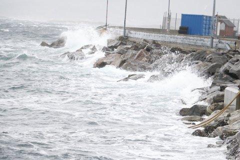 Tirsdag ventes det kraftig vind og mye nedbør på Helgeland.