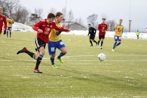 VANT: Bildet er fra cupkvalifisering på Stamnes Arena der Åga IL vant 2-1.  I seriekampene har SIL-guttene slått tilbake.
