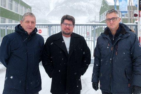 Tom Eilertsen, daglig leder på Bilfinger, Alcoa-sjef Steinar Anshus og HR-sjef Jan Ivar Myrflott reagerer kraftig på at industriledere på Mo kommer med et sykehusutspill på vegne av organisasjonen Arctic Cluster Team. Begge bedriftene i Mosjøen er med i den samme industriklyngen.
