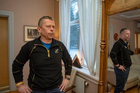 - Selvmord er noe som påvirker samfunnet vårt dypt og vi oppfordrer til mer åpenhet om temaet , sier Tor Petter Forbergskog, avdelingsleder VOP, ved senter for psykisk helsevern og rus i Mosjøen.