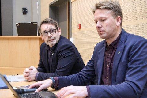 Rådmann Stian Skjærvik og ordfører Harald Lie i Hattfjelldal kommune.