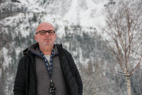 BRA: It-ansvarlig Frank Færø i Vefsn kommune gleder seg over at det etter alle solemerker nå kommer et vedtak om fiberutbygging, blant annet i Drevjadalføret. Saken skal behandles av Vefsn kommunestyre 14. februar.