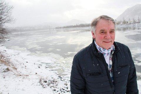 GLEDELIGE TALL: Bjørn Brodtkorb i VeFi påpeker at NINAs rapport indikerer at det ikke er unaturlig å forvente 10.000-12.000 fiskere hver sesong. - Vi nærmer oss tall som en sammenliknbare med Namsen, sier Brodtkorb.