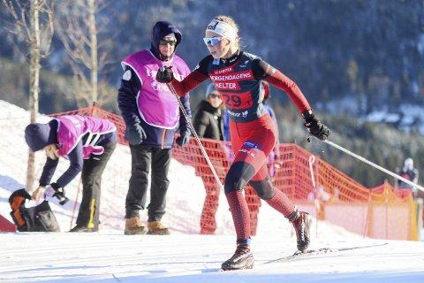 GA ALT: Det var lite å utsette på innsatsen til en småsyk Hanna Bjørnli i Kong Haralds Ungdomsstafett i Holmenkollen.
