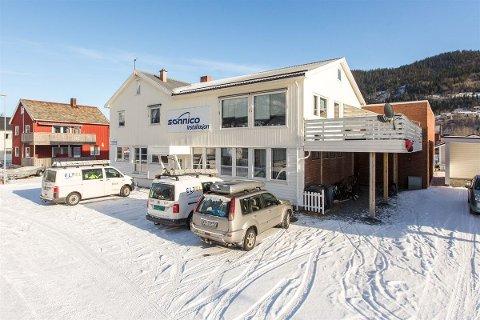 Solbakkgata 31 i Mosjøen er til salgs for 5.350.000 kroner.