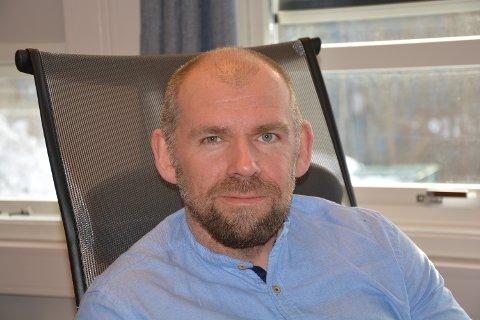 Øyvind Toft har hatt sin første arbeidsdag som rådmann i Grane kommune.