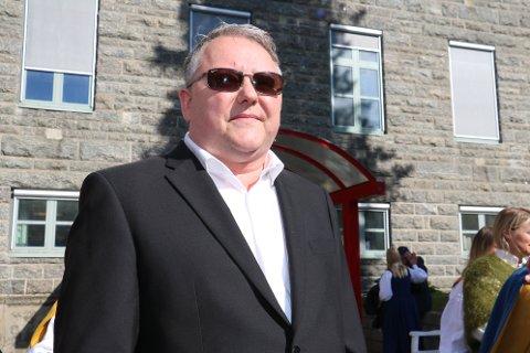 Styremedlem i Helgelandssykehuset, Dag Christian Johansen, er også tillitsvalgt for alle sykepleierne. Han opplevde orienteringen for statsministeren som positiv.