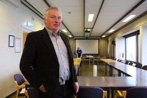 ALSTAHAUG: Peter Talseth er overrasket over at fylkesrådet vil ha en omvendt tosykehus-modell.