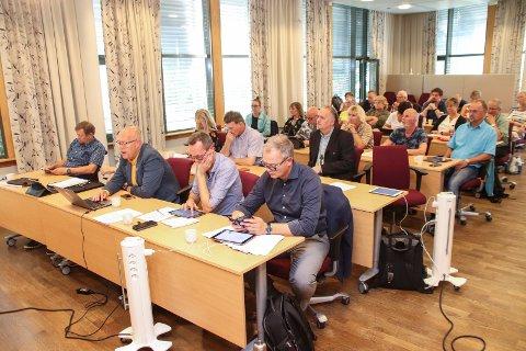 En måned etter at OED sa nei, sender kommunestyret i Vefsn på nytt en henvendelse med bønn om at Øyfjellet vindkraftverk skal gis virkning som statlig plan.