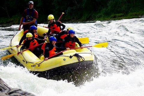 Aktiviteter: Villmarksveiuka er full av aktiviteter. Rafting hos River North er en av dem. FOTO: ARKIV