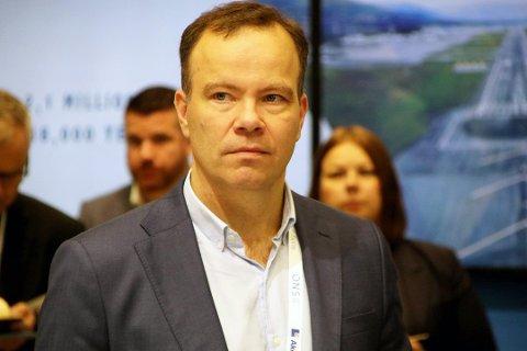 Fylkesrådsleder Tomas Norvoll er i ferd med å sette sammen et nytt lag som skal lede Nordland.