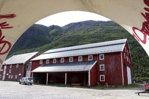 Fest likevel: Avdelingsleder Kari Sommerseth Jacobsen sa nei til fest i Mjaavatnbrygga grunnet manglende sikkerhet. Nå har museet snudd i saken. Foto: Stine Skipnes