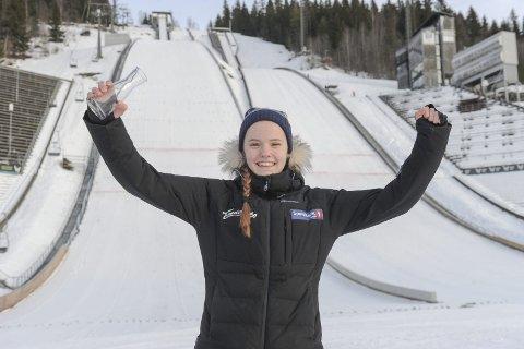 VANT BEGGE: Eirin Maria Kvandal, Mosjøen IL Ski vant to renn i norgescupen i hopp på Lillehammer. Det betyr at hun blir tlir tatt ut til COC på Rena  25-26. januar. Foto: Arne Brunes