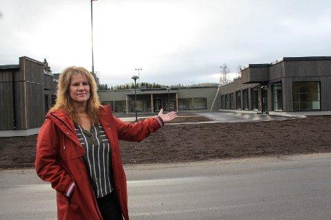 Flunkende nytt: Linda Gunnarsen er konstituert avdelingsleder og detaljplanlegger flytting til nytt helsetun.