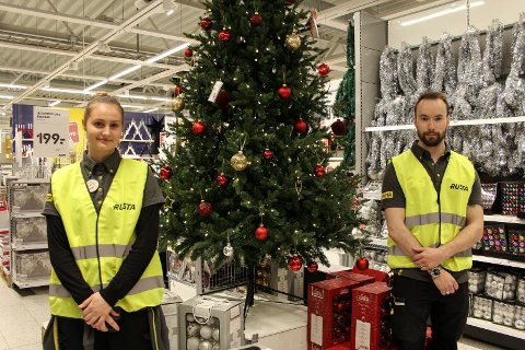 Bildeserie julestemning i sentrum butikker og kunder Maria Aanes og Sigurd Johnsen