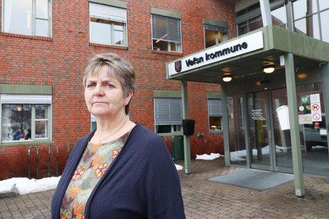 IKKE GLEM NYLAND: Ordfører Berit Hundåla forteller at ei sykehustomt på Tovåsen er første prioritet, men at også Nyland bør utredes som et alternativ. - For oss er det utelukket med ei tomt på Alstenøya, sier hun.