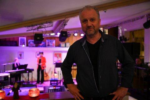 Roar Møller ble feiret av venner på Gilles lørdag kveld.