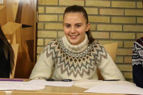 ENGASJERT: - Vi skal sitte i salen når skolesaken behandles, sier elevrådsleder Nora Thrana-Isaksen (15).