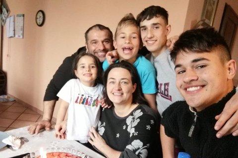 Christina med familien i Italia