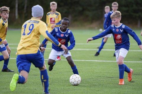 INGEN DATO: Frank Aas i Nordland fotballkrets kan ikke komme med noen dato for oppstart av fotballsesongen, verken for aldersbestemt fotball eller for seniorfotballen. Foto: Lena Knutli