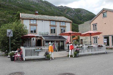 Suler opp: Nå er det slutt på servering i Sjøgata 23 i Mosjøen.