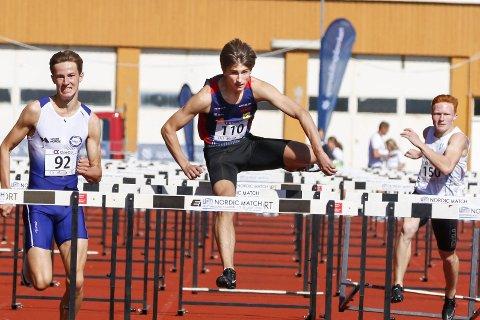 Junior-NM friidrett 2020 i Kristiansand. Sondre MJølkarlid fra Hattfjelldal tok bronse på 110m hekk i U20