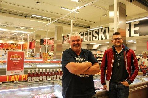 - Det har ikke vært godt å være gris i år, sier butikksjef Asle Aalbotsjord med et stort smil, og sikter til salg av grillmat. Thorbjørn Olsen, driftssjef Helgeland for Coop Midt-Norge (høyre) forteller om gode tall for mange butikker på Helgeland.