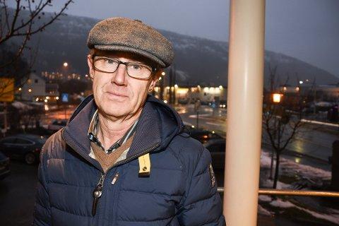 INGEN LOVNADER: Bjørn Amundsen er dekningsdirektør i Telenor. Han sier det foreløpig ikke er noen planer om å bygge ut mobilnettet ved Krutvatn.