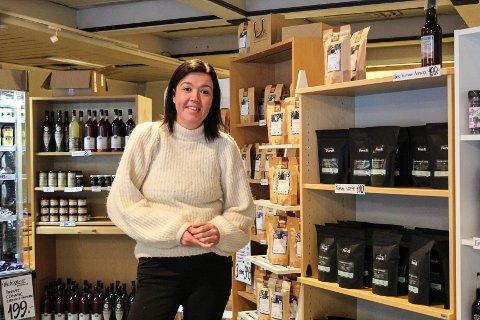 Populært: Beate Forbergskog på LOMA delikatesse forteller at hun har solgt over 1000 poser kaffe de siste månedene.