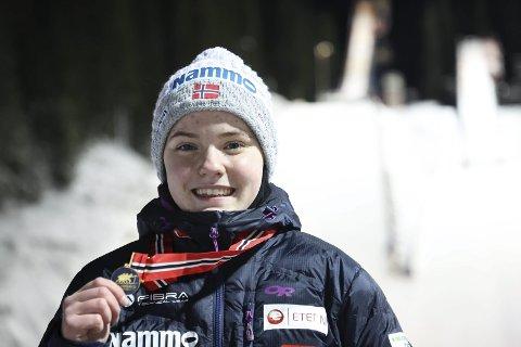 PALLEN:  Eirin Maria Kvandal etter NM-gullet i Granåsen i januar. Foto: Geir Olsen / NTB.