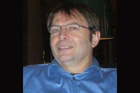 KORONADØD: Hans Kristian Gaarder, ifølge flere som har fulgt miljøet en av Norges fremste konspirasjonsskeptikere. Nå er han død etter å ha testet positivt på Covid.19. Foto: FAKSIMILE: NYHETSSPEILET.NO