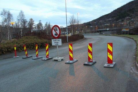 STENGT: Grunnet asfaltering vil Skjervbrua være stengt mellom 18. og 22. mai.