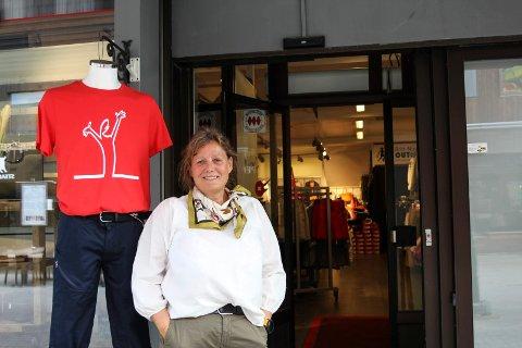 Liv: Britt-Nina Storeng Forsmo merker fra sin butikk at det er liv i gågata.