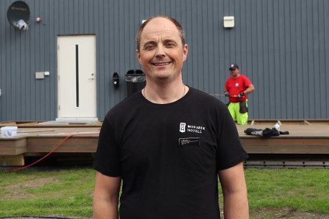 NYTT TILBUD: Pål Arthur Baadstrand har startet opp bobilcamp i sentrum. Bildet er fra byggefasen til campen.