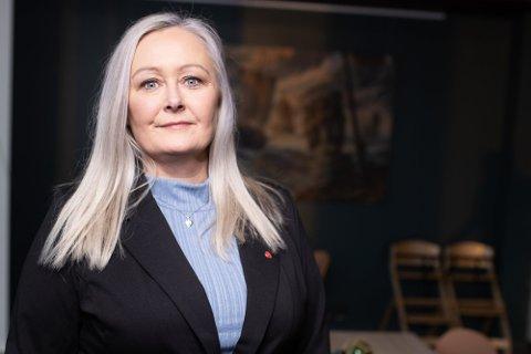 PENGER TIL VEFSNA: Mona Nilsen (AP) vil få fart i reetableringen av Vefsna. – Vassdraget er enormt viktig, og vi er nødt til å få fullført jobben, sier hun.