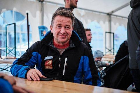 Kjell-Idar Juvik har nå fått fritak for alle sine politiske verv i Hemnes kommune, siden han er blitt sekretariatsleder i Indre Helgeland regionråd.