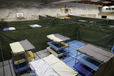 FULLT: Fjellhallen hadde 500 sengeplasser i 1999. I år var tallet 200 på det høyeste. Mottak i Neiden ble også tatt i bruk.Foto: Ole-Tommy Pedersen