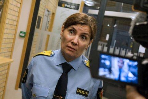 Politimester Ellen Katrine Hætta håper det ikke blir en lokaliseringskamp om det nye barnehuset i Finnmark.