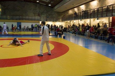 INTERNASJONALT: I fjor deltok 96 brytere fra seks nasjoner i Kirkenes AK sitt aprilstevne.
