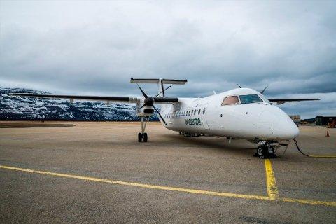 1.199 METER: Dash-8 300 kan frakte 50 passasjerer, og kan benytte en rullebane på 1.199 meter. Ifølge Avinor kan det imidlertid bli visse restriksjoner vintertid. Denne flytypen benyttes i dag av Widerøe i Alta, Lakselv og Kirkenes.