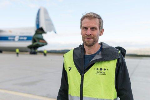 TREKKER SEG: Jo Inge Hesjevik, leder i Finnmark Høyre, sier han trekker seg fra kampen for Lakselv lufthavn Banak. Årsaken er blant annet ordfører Aina Borchs (Ap) ukeslutt på kommunens nettsider.