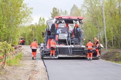 Veidekke la siste meter med asfalt på torsdag